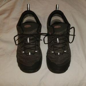 Keen Women's Waterproof Tennis Shoe, SZ: 7.5